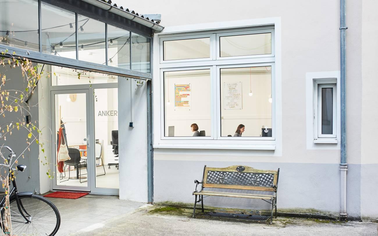 Anker anker visueller halt designb ro aus frankfurt for Praktikum design frankfurt